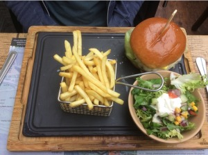 7720993-Burger_La_Maison_du_Steak_Cambridge_Cambridge