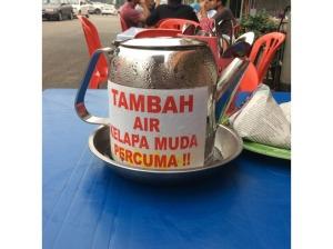 7495764-Free_refill_Batu_Berendam_Coconut_Shake_Melaka_Melaka