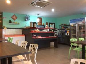 7514493-Counter_V_Cafe_Melaka_Melaka