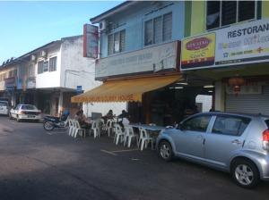 7545268-Exterior_Chelveis_Melaka_Melaka