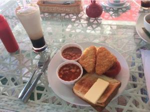 7549775-Breakfast_Eggxtra_Melaka_Melaka