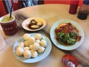 7555976-Chicken_rice_ball_Famosa_Restaurant_Melaka_Melaka