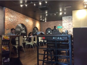 7639016-Seating_Coffeeology_Melaka_Melaka