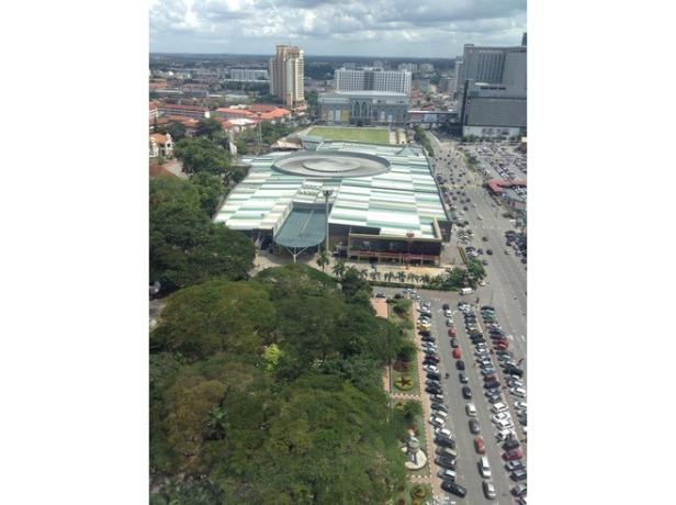7276983-Mall_from_Melaka_tower_Melaka