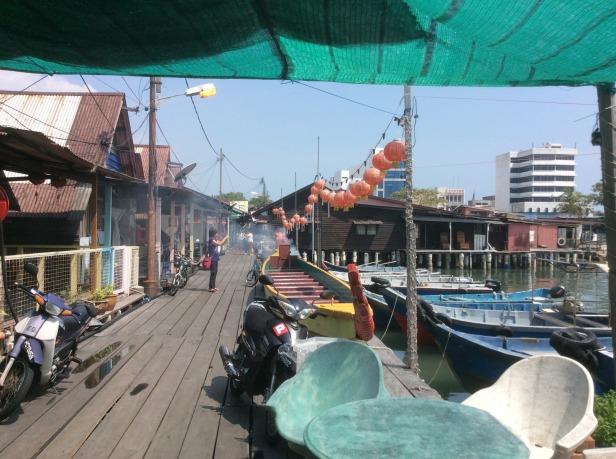 7603058-Boats_Chew_Jetty_Penang_Penang