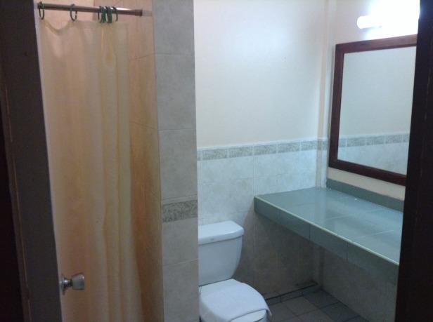 7272056-Bathroom_Borneo_Paradise_near_KK_Kota_Kinabalu