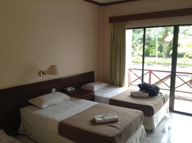 7272057-Beds_Borneo_Paradise_near_KK_Kota_Kinabalu