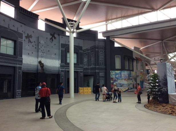 7541176-Emptiness_Mall_of_Medini_Johor_Johor_Bahru