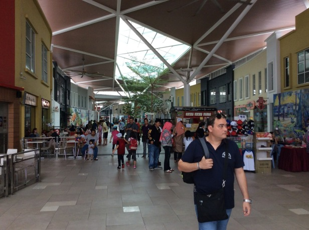 7541177-Mall_of_Medini_Johor_Johor_Bahru
