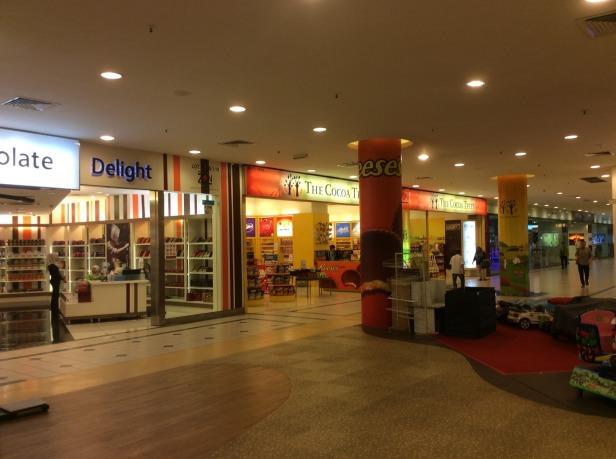 7611742-Shops_Zon_duty_free_JB_Johor_Bahru