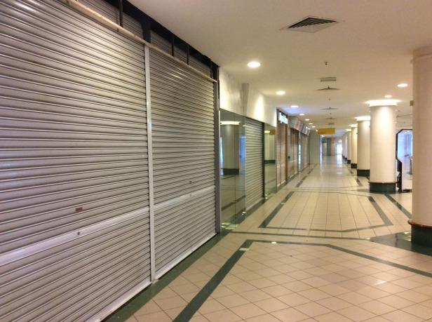 7611743-Former_shops_Zon_duty_free_JB_Johor_Bahru